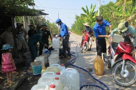 Hàng nghìn hộ dân ở Long An thiếu nước sạch sinh hoạt