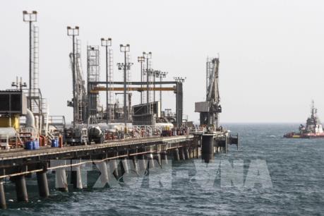 Giá dầu thế giới tuần qua đi xuống