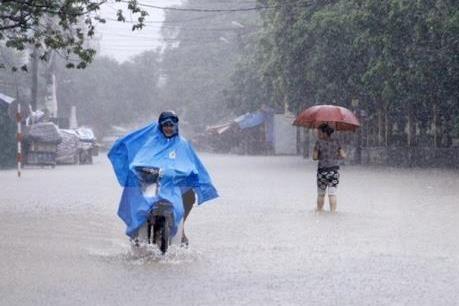 Dự báo thời tiết ngày 17/6: Bắc Bộ mưa dông, Trung Bộ nắng nóng