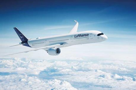 Lufthansa hạ thấp triển vọng kinh doanh năm 2019
