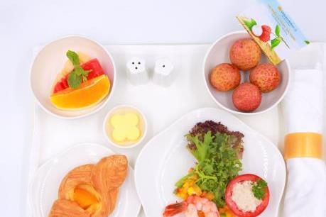 Vải thiều Lục Ngạn đã có mặt trên khay suất ăn của Vietnam Airlines