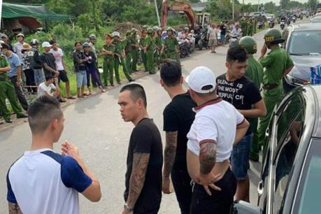 Bắt thêm đối tượng liên quan vụ chặn xe ô tô chở Công an Đồng Nai