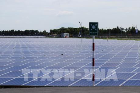 Tây Ninh đưa 2 nhà máy điện năng lượng mặt trời vào hoạt động
