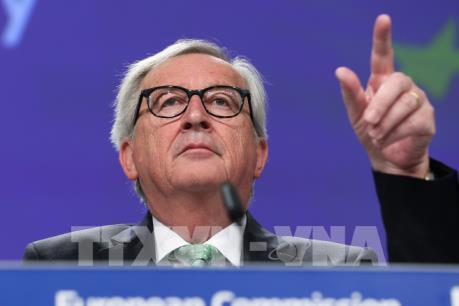 EC phản ứng chỉ trích của Tổng thống Mỹ về ECB thao túng tiền tệ
