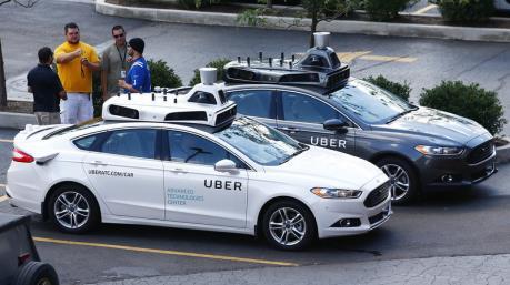 """Uber """"lấn sân"""" sang lĩnh vực ô tô tự lái"""