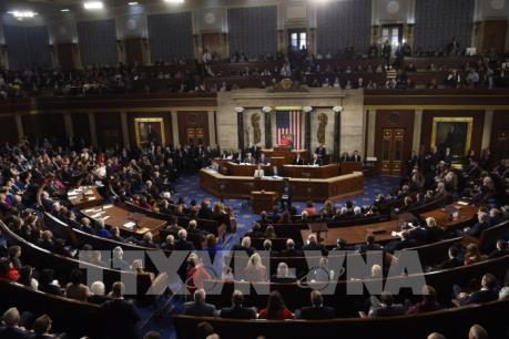 Quốc hội Mỹ thông qua dự luật cấp kinh phí khẩn cấp 4,6 tỷ USD