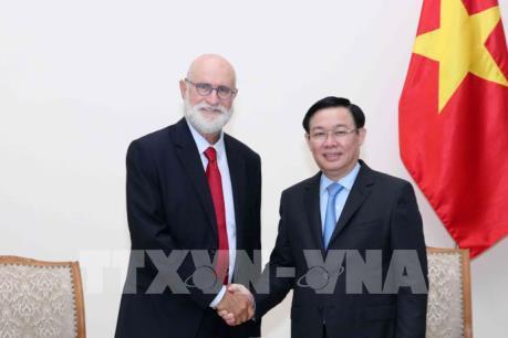 Phó Thủ tướng Vương Đình Huệ tiếp nhà kinh tế học nông nghiệp hàng đầu Israel