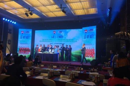 Vinamilk trở thành nhà tài trợ chính cho các Đội tuyển Bóng đá quốc gia