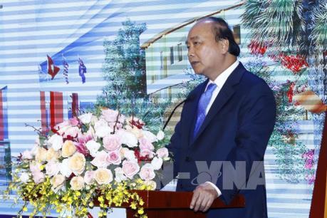 Thủ tướng Nguyễn Xuân Phúc thăm, làm việc tại Thành phố Giáo dục Quốc tế - IEC Quảng Ngãi