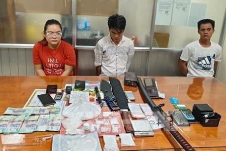 Triệt phá đường dây trung chuyển ma túy đi các tỉnh ĐBSCL