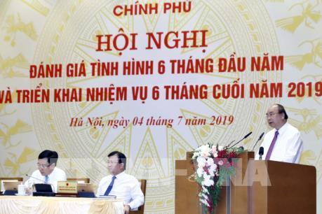 Thủ tướng Nguyễn Xuân Phúc: Cố gắng toàn diện để đạt các chỉ tiêu Quốc hội đề ra