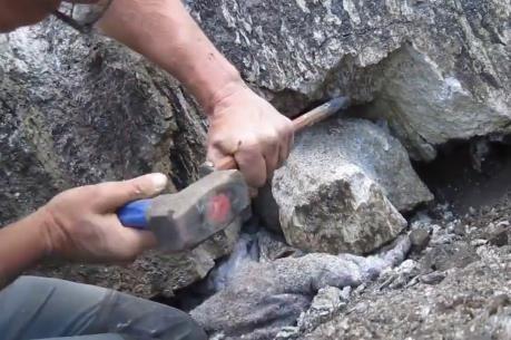 Sự thật về tin đồn người dân ở Yên Bái đào được đá quý trị giá 5 tỷ đồng