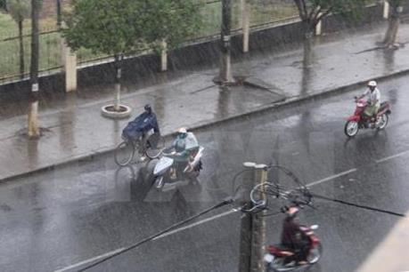 Thời tiết Hà Nội 10 ngày tới: Mưa rào rải rác giúp hạ nhiệt