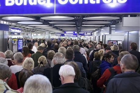 Nhiều doanh nghiệp Anh lo ngại về kế hoạch nhập cư hậu Brexit