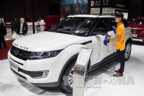 Doanh số bán xe ô tô tại Trung Quốc tiếp tục giảm