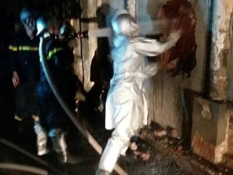 Giải cứu 2 nạn nhân vụ cháy nhà ở Bắc Từ Liêm, Hà Nội