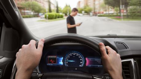 Công nghệ - Giải pháp giúp người cao tuổi lái xe ô tô độc lập