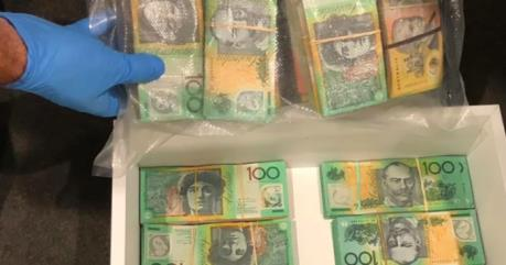 Australia triệt phá nhóm rửa tiền lớn