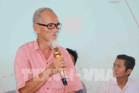Lãnh đạo tỉnh Phú Yên đối thoại với người dân về việc di dời chợ Yến