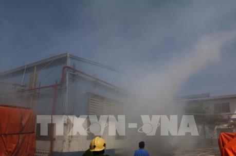Cháy tại kho chứa hơn 4.000 tấn hạt nhựa tổng hợp