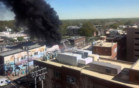 Nổ khí gas ở California làm 16 người thương vong