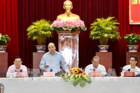 Thủ tướng chủ trì cuộc làm việc của Tiểu ban Kinh tế xã hội với các địa phương ĐBSCL