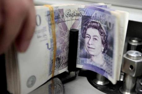 """Đồng bảng Anh và euro đồng loạt """"ăn mừng"""" thỏa thuận Brexit mới"""