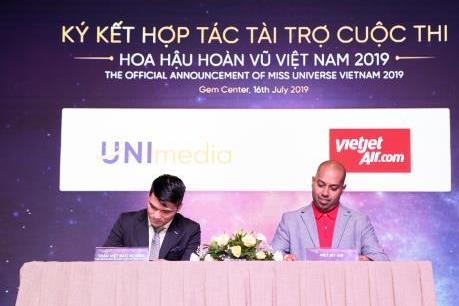 Vietjet Air bảo trợ vận chuyển hàng không cuộc thi hoa hậu Hoàn Vũ