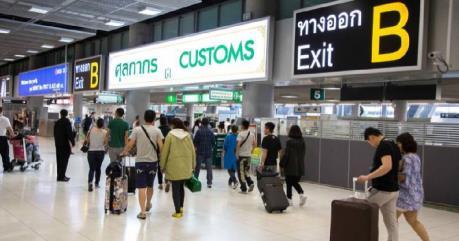 Quy định mới về hải quan với hành khách đi máy bay đến Thái Lan