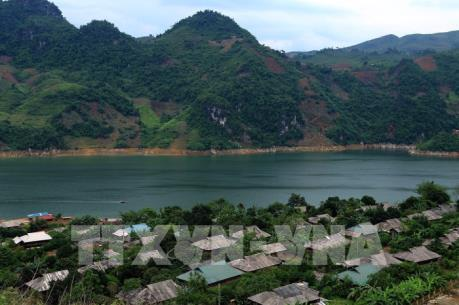 Nét truyền thống của đồng bào dân tộc Dao nơi ngã 3 sông Đà