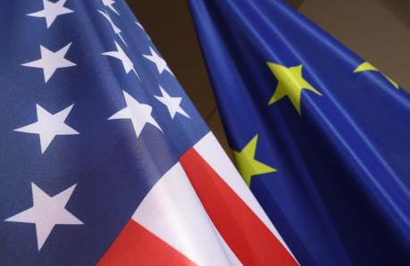 EU khẳng định sẽ trả đũa nếu Mỹ tăng thuế ô tô