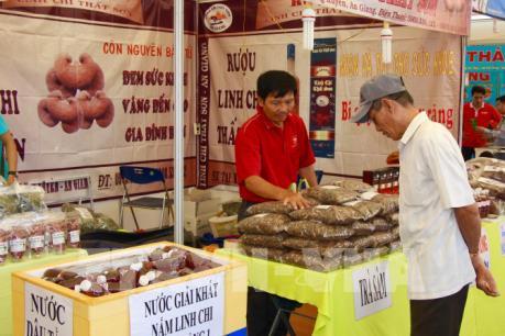 Bình Thuận, điểm sáng trong phân phối hàng hóa về miền núi