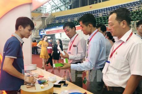 Khai mạc Triển lãm quốc tế thiết bị và công nghệ quảng cáo Việt Nam