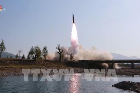Triều Tiên phóng vũ khí dẫn đường chiến thuật mới
