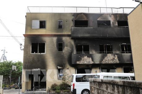 Khám nhà nghi phạm vụ cháy xưởng phim ở Nhật Bản