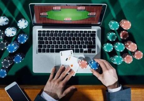 Vụ đánh bạc quy mô lớn tại Hải Phòng: Điều tra, lấy lời khai các đối tượng liên quan