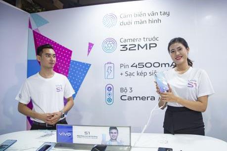 Vivo ra mắt smartphone S1 camera selfie 32 MP, chip 8 nhân kèm pin khủng