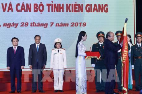 Thủ tướng Nguyễn Xuân Phúc: Kiên Giang đã có những bước chuyển biến vượt bậc
