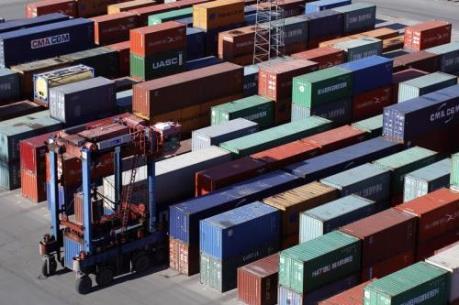 Canada đạt thặng dư thương mại tháng thứ hai liên tiếp