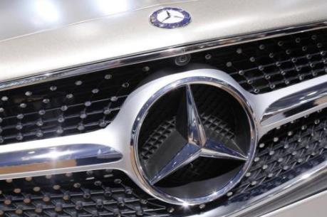 Mercedes-Benz và BMW hướng tới kết quả kinh doanh khả quan trong năm 2019