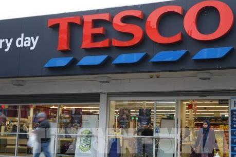 """Tesco - """"Đế chế"""" bán lẻ 100 tuổi lớn nhất nước Anh"""