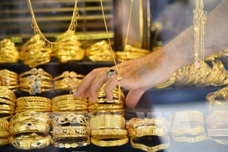 Giá vàng thế giới tăng trong phiên 2/4 trước số liệu kinh tế ảm đạm của Mỹ