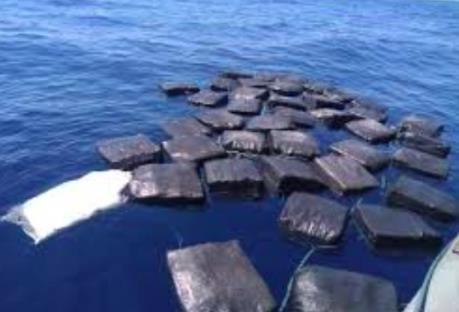 Triệt phá hoạt động vận chuyển ma túy trên Thái Bình Dương