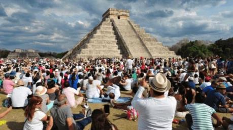 Lượng khách quốc tế tới Mexico tăng mạnh