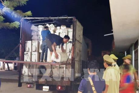 Quảng Bình bắt giữ vụ vận chuyển hàng điện máy nhập lậu số lượng lớn