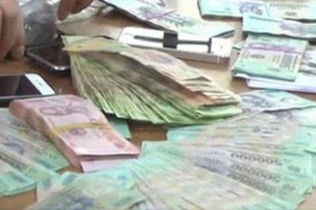 Phá đường dây tổ chức đánh bạc và đánh bạc hơn 1.600 tỷ đồng