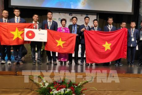 Việt Nam đứng thứ 5 tại Kỳ thi Thiên văn và Vật lý thiên văn quốc tế