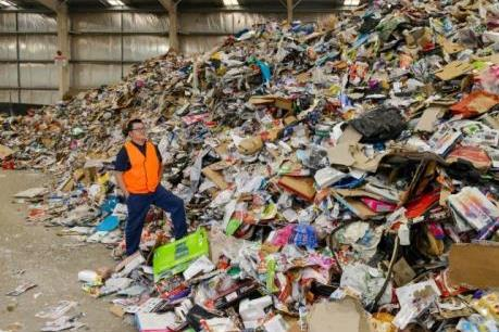Australia chi 13,5 triệu USD hỗ trợ tái chế rác thải