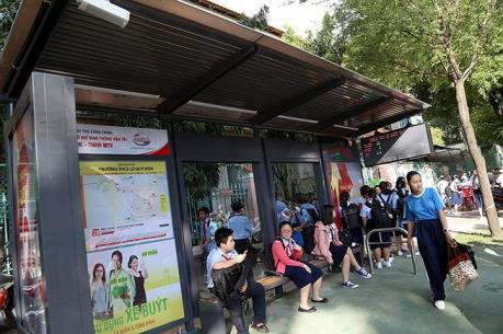 Hà Nội chọn hàng trăm vị trí ở ngoại thành để lắp đặt nhà chờ xe buýt