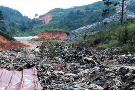 Sẽ có phương án hỗ trợ người dân bị thiệt hại do rác vùi lấp đất vườn